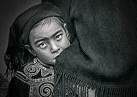 大山里的孩子-將彩照用PS調出超質感的黑白照片