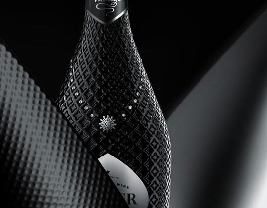黑色诱惑女性美表现Colier酒包装包装设计欣赏 国外酒包装设计