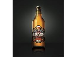 两个够劲的LEUVEN巴西啤酒标签设计