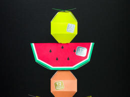 水果造型的 T2 Tea Mini Fruits 茶盒設計