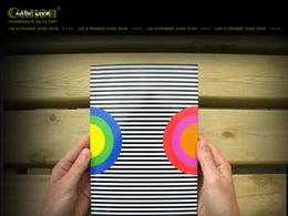 约翰·保罗色彩丰富的画册设计作品