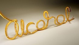 西班牙Serial Cut工作室時尚字體設計