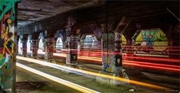 克羅格圣隧道涂鴉與光線軌跡
