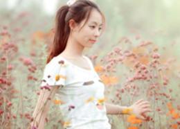 Photoshop給鮮花中的美女加上甜美的淡粉色