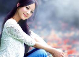 Photoshop打造古典暗蓝色秋季外景人物图片