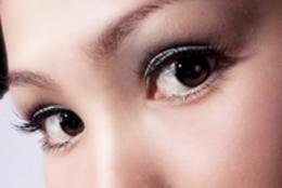 Photoshop給美女頭像淡淡的磨皮處理